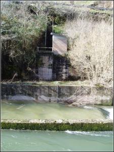 Estación en el río Pas