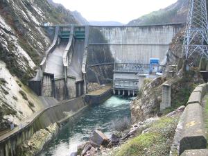 Presa del embalse de La Barca (Asturias)