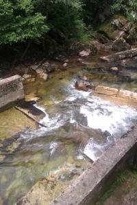 Losa aguas abajo